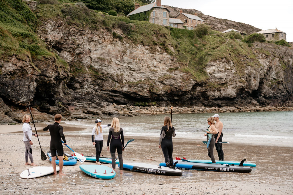 Stand Up Paddleboarding lessons St.agnes Conrwall